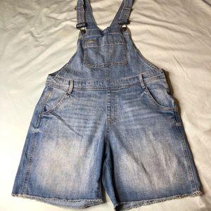 GAP Shorts - GAP denim shortalls Medium Indigo, sz SMALL